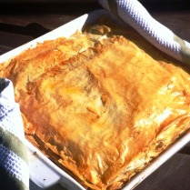 https://thepaddingtonfoodie.com/2012/10/07/spinach-and-three-cheese-pie-not-quite-spanakopita-not-quite-quiche/