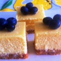 https://thepaddingtonfoodie.com/2012/11/15/la-dolce-vita-baked-limoncello-and-ricotta-cheesecake-italian-style/