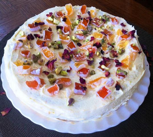 Turkish Almond Cake With Cream