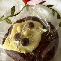 https://thepaddingtonfoodie.com/2012/12/03/wrapped-for-christmas-festive-little-fruitcakes-with-chocolate-and-kahlua/