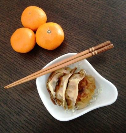 https://thepaddingtonfoodie.com/2012/12/31/the-ultimate-japanese-convenience-food-gyoza/