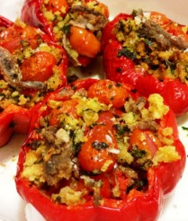 https://thepaddingtonfoodie.com/2012/12/12/roast-capsicum-with-grape-tomatoes-and-pangrattato/