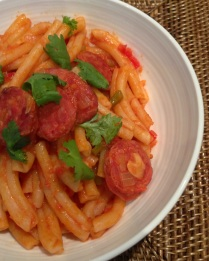 https://thepaddingtonfoodie.com/2013/02/02/simple-and-delicious-chorizo-capsicum-and-tomato-pasta-dressed-with-lemon-and-coriander/