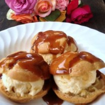 https://thepaddingtonfoodie.com/2013/02/18/mes-petits-choux-ice-cream-choux-pastry-puffs-with-nigella-lawsons-salted-caramel-sauce/