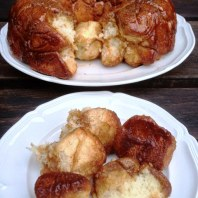 https://thepaddingtonfoodie.com/2013/02/24/monkey-see-monkey-do-a-breakfast-treat-sweet-sticky-gooey-monkey-bread/