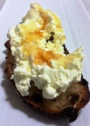https://thepaddingtonfoodie.com/2013/06/18/simple-cheese-making-at-home-warm-breakfast-bruschetta-with-fresh-ricotta-and-honey/
