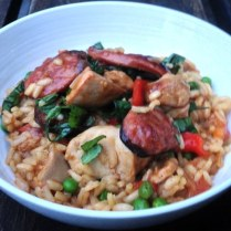 https://thepaddingtonfoodie.com/2013/03/18/sunday-night-dinner-paella-with-chicken-and-chorizo/