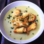 https://thepaddingtonfoodie.com/2013/03/13/decadently-delicious-and-dairy-free-potato-and-leek-soup-with-croutons-and-chives/