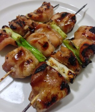 https://thepaddingtonfoodie.com/2013/04/24/from-the-japanese-izakaya-marinated-grilled-and-skewered-chicken-yakitori-with-spring-onion/