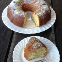 https://thepaddingtonfoodie.com/2013/05/11/baking-with-herbs-cream-cheese-pound-cake-with-lemon-thyme-and-gin/