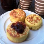 https://thepaddingtonfoodie.com/2013/06/21/winter-weekend-warmers-perfect-crumpets-and-a-cup-of-tea/