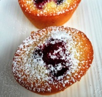 https://thepaddingtonfoodie.com/2013/07/30/what-to-bake-with-leftover-egg-whites-dainty-little-almond-tea-cakes-raspberry-and-lemon-friands/