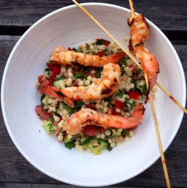 https://thepaddingtonfoodie.com/2013/11/08/eat-fast-and-live-longer-a-5-2-fast-day-meal-idea-under-400-calories-barbecued-harissa-prawns-with-an-israeli-couscous-salad/