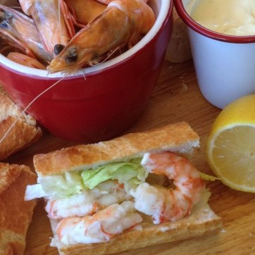 https://thepaddingtonfoodie.com/2013/12/29/the-summer-edition-rediscovering-nostalgic-rituals-fresh-prawn-baguettes-with-shredded-lettuce-and-aioli/