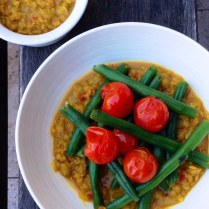 https://thepaddingtonfoodie.com/2013/12/06/eat-fast-and-live-longer-a-5-2-fast-day-recipe-idea-under-300-calories-red-lentil-dahl-with-roasted-vine-ripened-cherry-tomatoes-green-beans-and-mint/