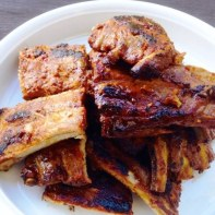https://thepaddingtonfoodie.com/2014/01/22/the-summer-edition-barbecued-ribs-two-ways-rack-or-belly-with-daras-asian-inspired-marinade/
