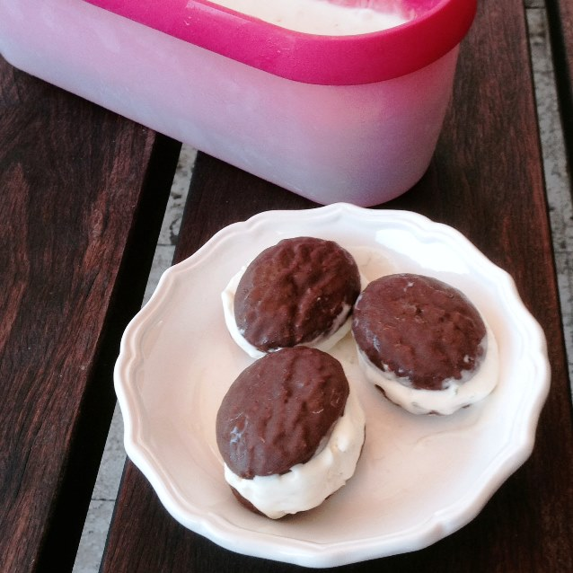 Ice Cream Sandwiches Filled With No Churn Lime Ice Cream