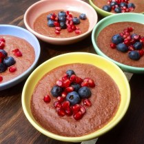 https://thepaddingtonfoodie.com/2014/02/14/sweet-and-simple-salted-dark-chocolate-and-lime-mousse-with-blueberries-and-pomegranate/