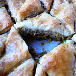 https://thepaddingtonfoodie.com/2014/05/23/layers-of-sweetness-and-crunch-pistachio-and-walnut-baklava-with-lemon-and-cardamom/