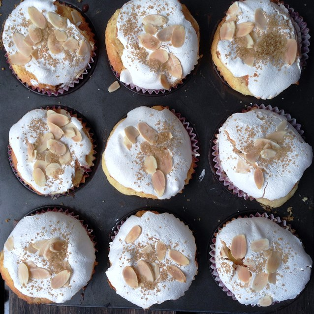 Raspberry and Almond Cupcakes With Baked Meringue Topping 3