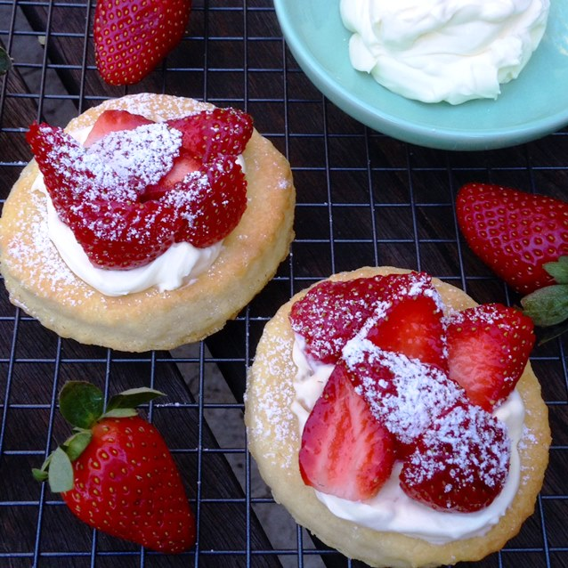 Individual Shortcakes With Creme Fraiche