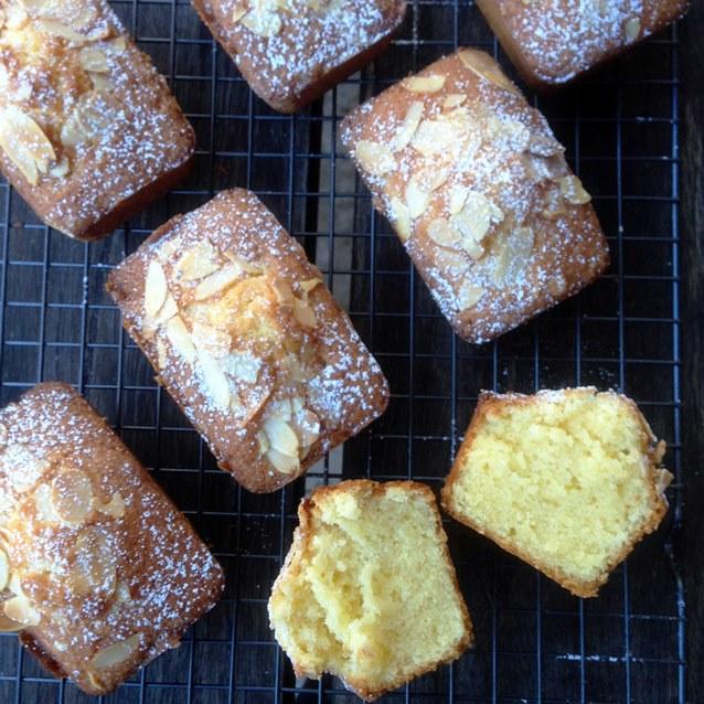 Little Almond Butter Cakes