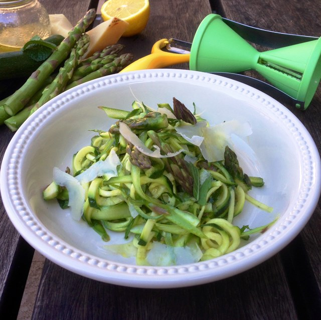 Raw Asparagus and Zucchini Salad