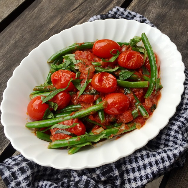 Sautéed Green Beans With Roasted Cherry Tomatoes