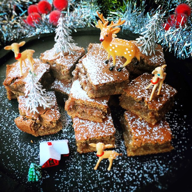 Christmas In July Spiced Ginger Blondie